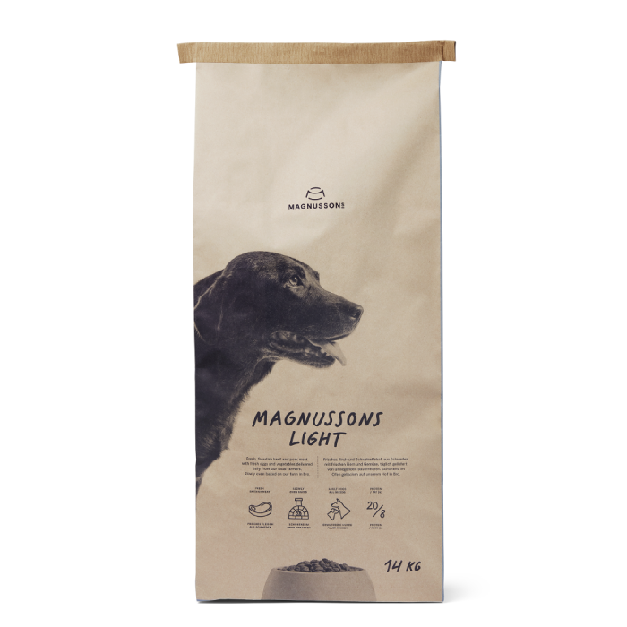 Фото - MAGNUSSONS LIGHT со свежей говядиной и пшеницей для собак склонных к полноте