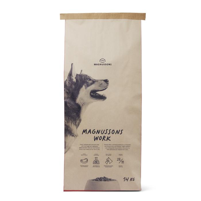 Фото - MAGNUSSONS WORK со свежей говядиной и пшеницей для собак с высокой активностью 14кг